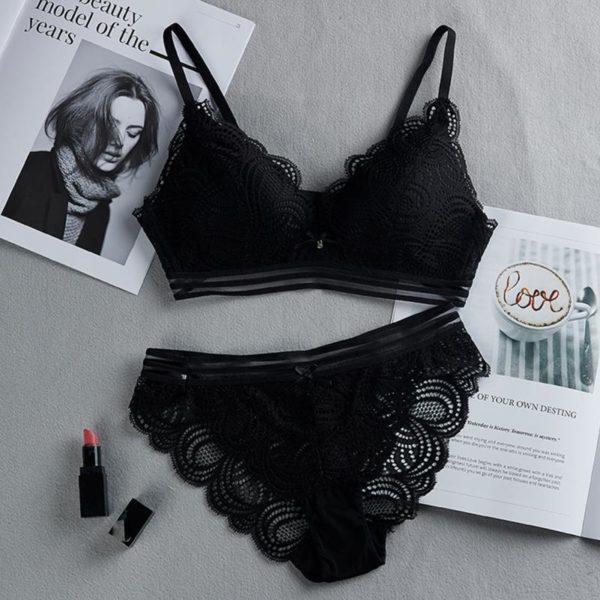 Women Lace Floral Briefs Underwear Triangle Cup Set