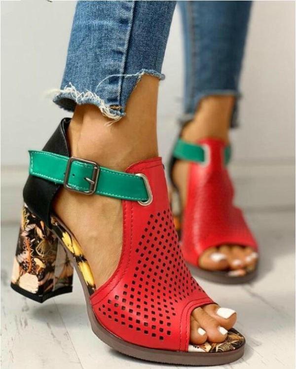 Women Summer Shoes - Buckle Strap Ladies Classic Sandals