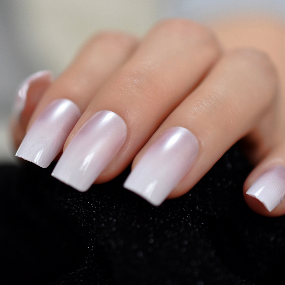 Gradient Pearl Pink French False Nails Manicure